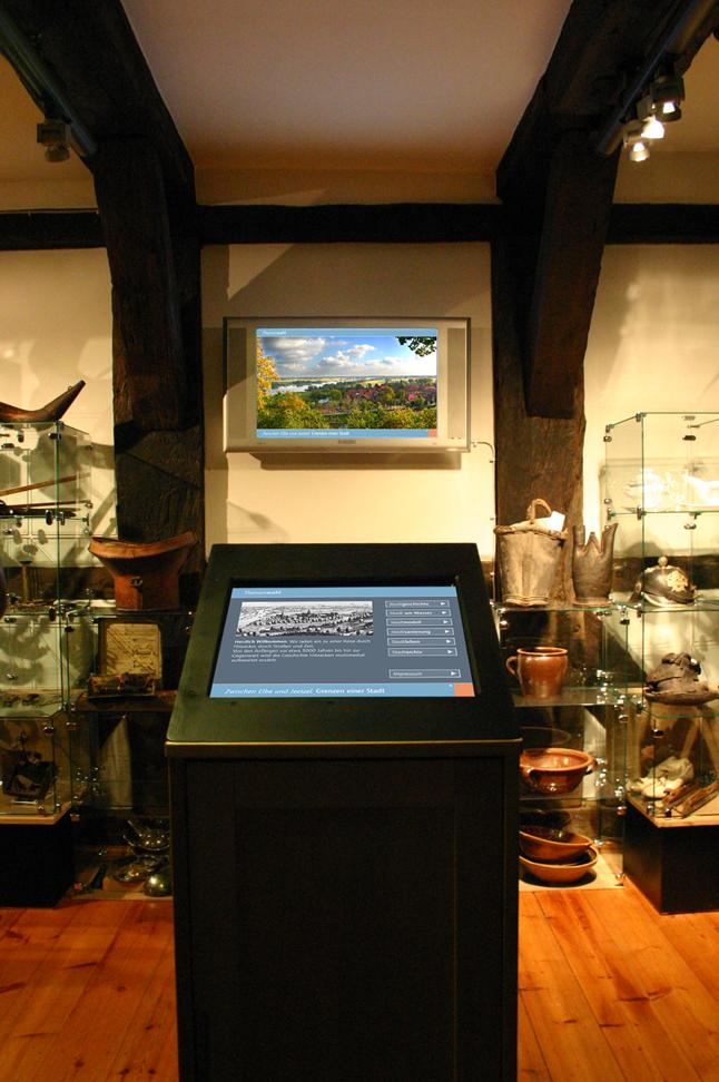 Museum Hitzacker, Interaktive Multimedia-Installation / Studiengang Medieninformatik / Prof. M. Kreyßig et al.