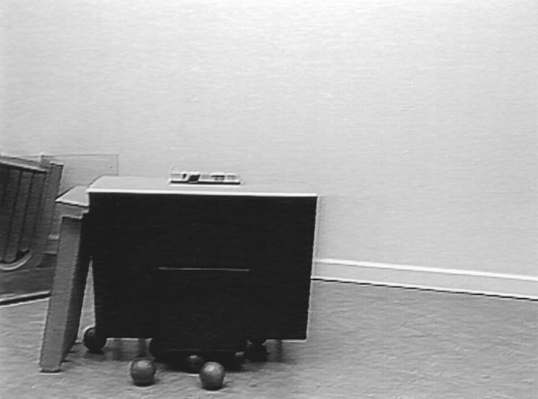 """Zur Konjugation von """"fallen"""", Harald Klingelhöller, Van Abbemuseum Eindhoven / Film von Martin Kreyssig"""